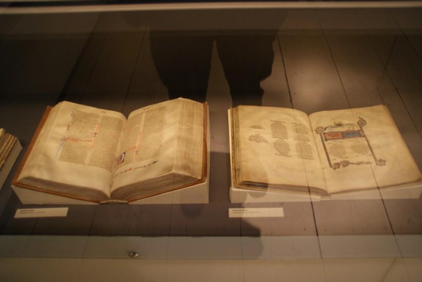 historische Buchexemplare, Luther-Haus, Schatzkammer, 04.10.2014, LWi-0095