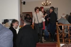 Gespräche bei der Eröffnung, Foto: B. Lau