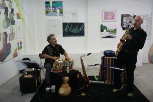 Joachim Gies, Saxophon, exotische Instrumente und Ravi Srinivasan, Tabla, indische Perkussion, Eröffnung am 18.06.2016 in der Galerie bild plus