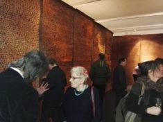 Schauen, Empfinden und Gespräche in der Installation, 04.03.2018, Foto: Axel Schöne