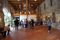 Eröffnung, Raum und Besucher